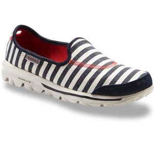 Closet clear out SALE! Skechers Go Walk Slip Ons